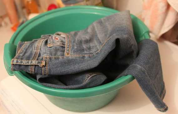 Photo of How to Prevent Jeans from Fading