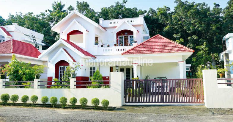 1561 Square Feet 3 Bedroom Double Floor Home Design at 7.5 Cent Plot and Plan
