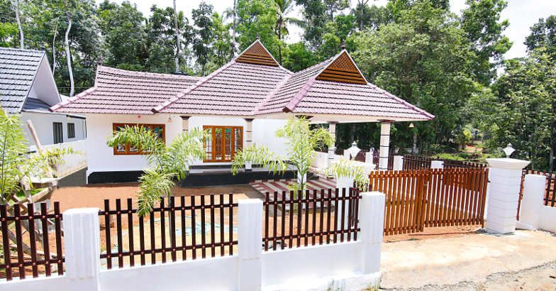 1430 Square Feet 3 Bedroom Single Floor Kerala Style Home Design