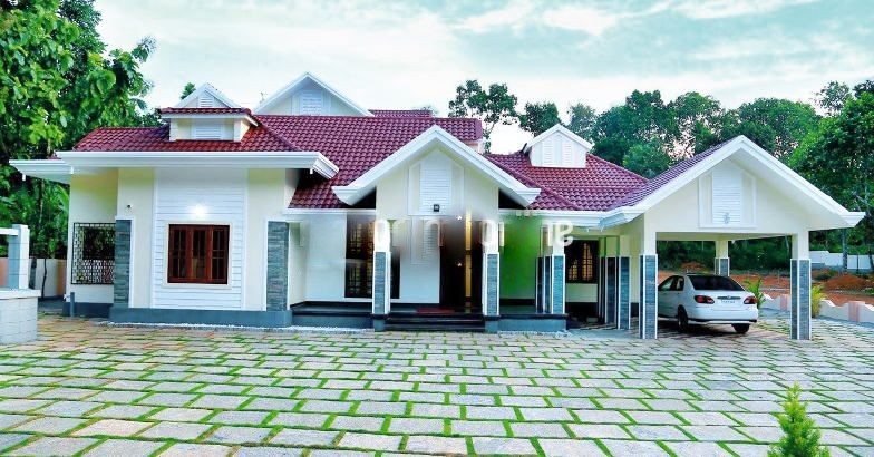 3200 Square Feet 4 Bedroom Traditional Nalukettu Model Home Design and Plan