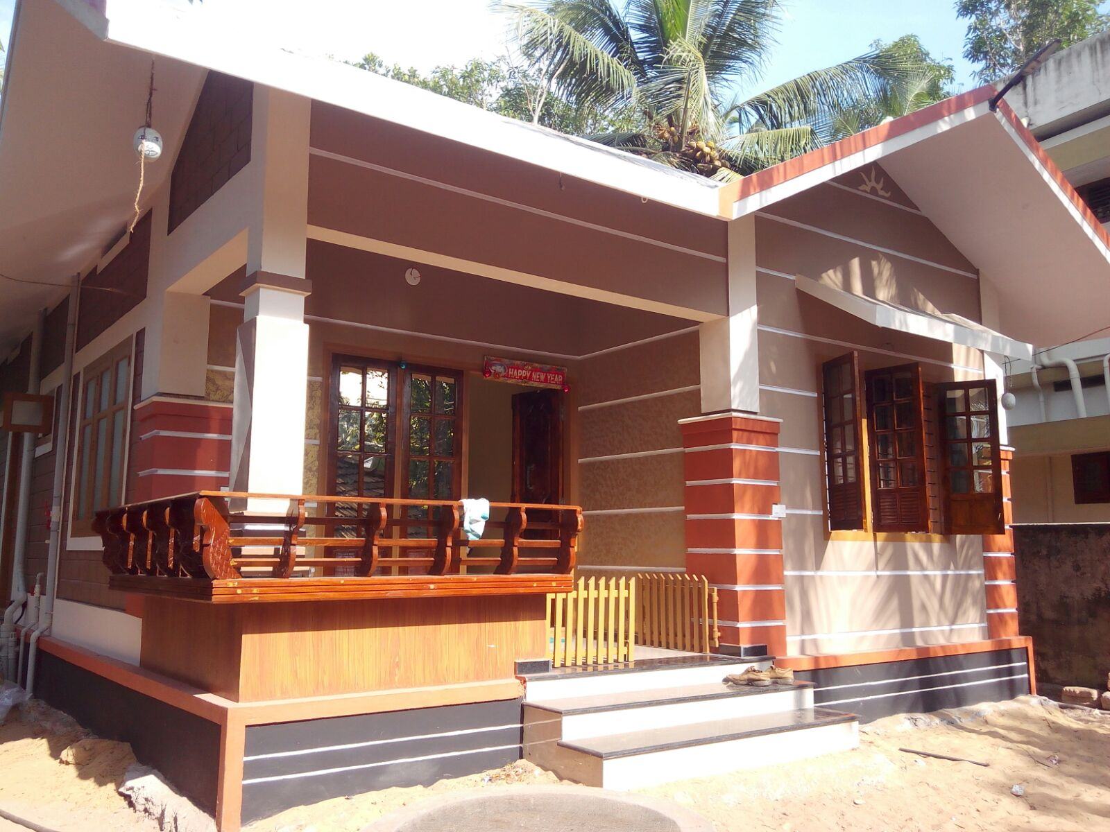 720 square feet 2 bedroom low budget home design at for Lowest cost per square foot build house