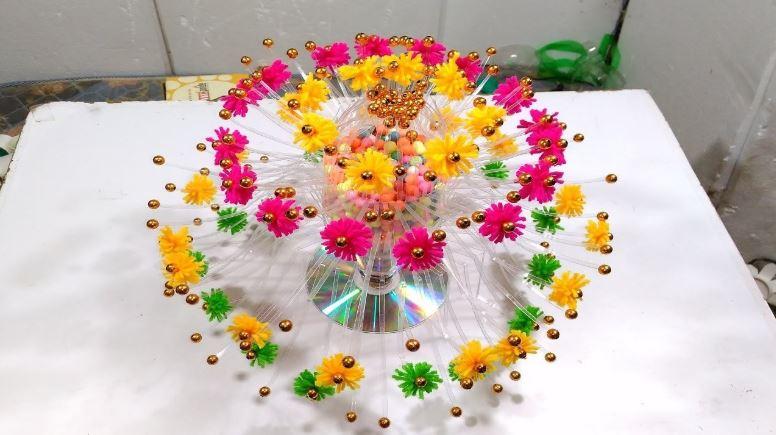 Plastic Bottle Recycle Flower Vase Art Decoration New Idea Home