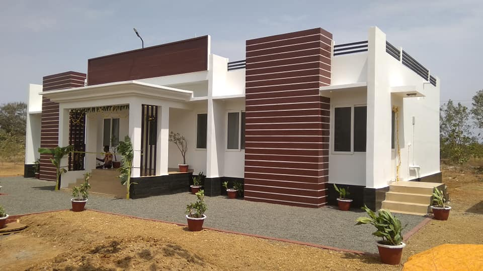 Contemporary Single Floor Home In 1350 Sq Ft: 1117 Square Feet 3 Bedroom Single Floor Modern House