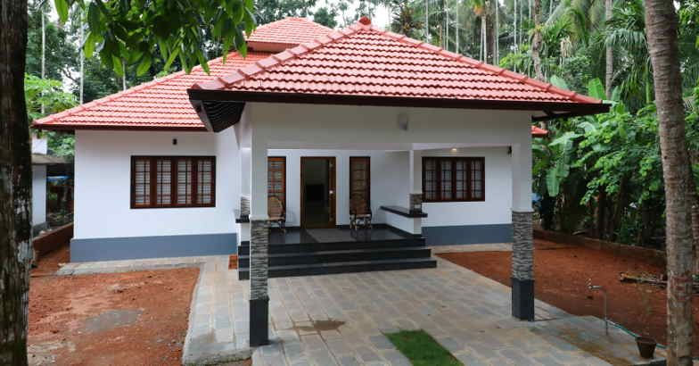 1500 Square Feet 3 Bedroom Traditional Kerala Style Single