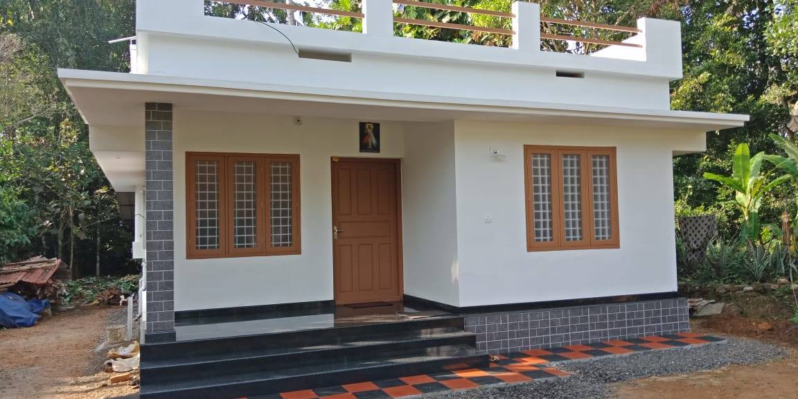 702 Square Feet 2 Bedroom Low Budget Cute and Simple House ...